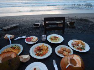 Warung Pantai food & view, Batu Belig Beach