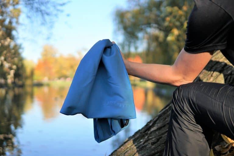 BEARZ Outdoor Microfiber Towel